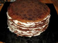 Блинный торт-шоколад со взбитыми сливками