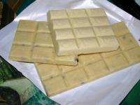 Вафельный торт с кокосовой помадкой (без выпечки)