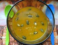 Тыквенный суп с тимьяном и семечками