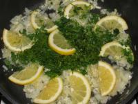 Рыбный гуляш с лимоном