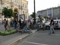 Старт велопрогулки Gentoo White Nights 2008. Сбор у Московского вокзала.