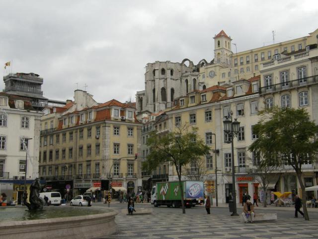 Португалия. Улочки Лиссабона.