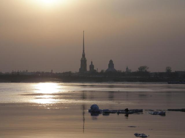 Петропавловская крепость. Вечер.