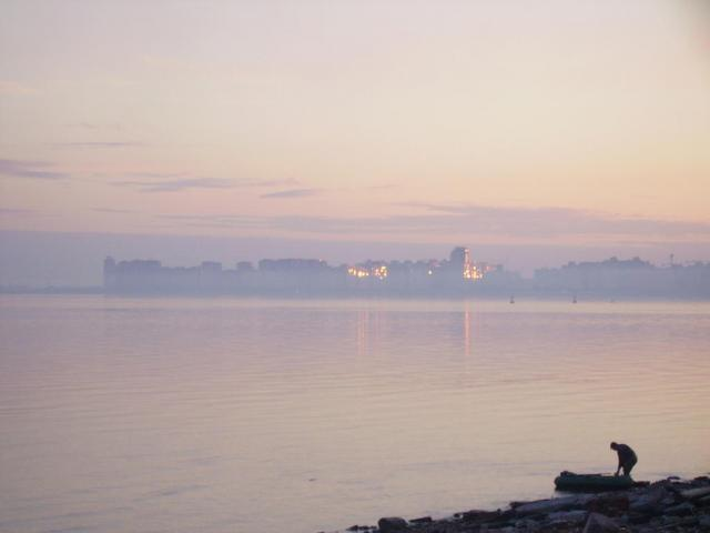 Gentoo White Nights. Рассвет над Финским заливом.