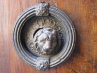Дверная ручка. Рим. Via Panisperna.