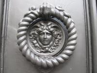 Дверная ручка. Рим. Около фонтана Треви.
