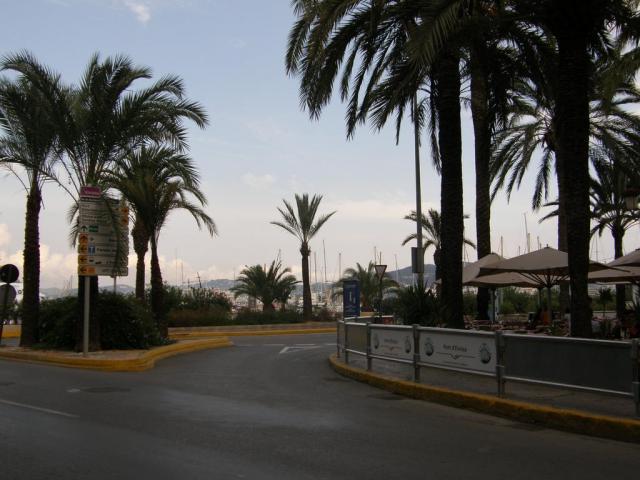 Испания, о.Ибица, г.Ибица (Eivissa). У порта.