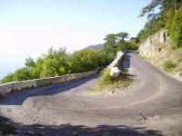 Крым. Спуск с горы Ай-Петри в Ялту