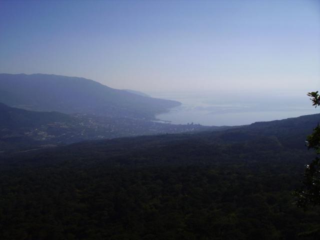 Крым. Утро над Ялтой