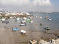 Португалия, Трафария, рыбацкие лодки.